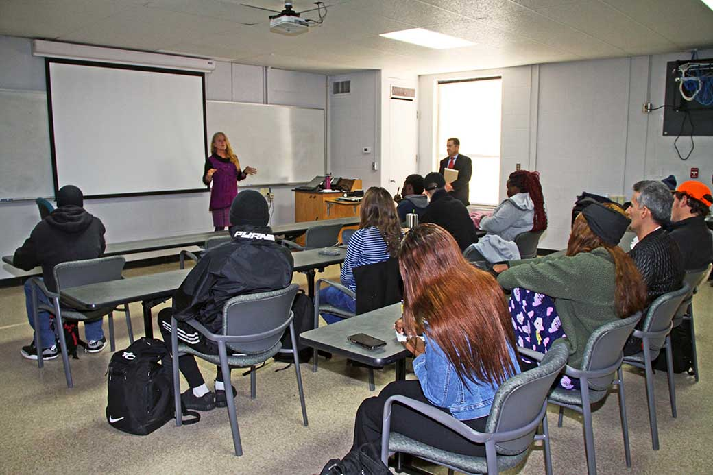Public Defender's Office works with Criminal Justice class